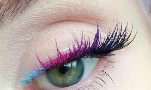 mascara colorato