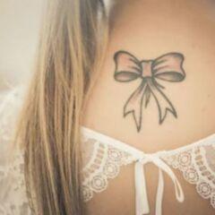 significato tatuaggio fiocco
